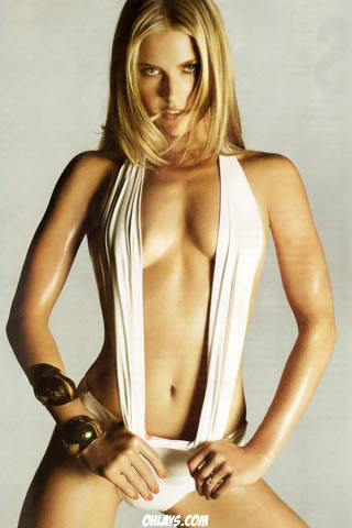 Ali Larter iPhone Wallpaper