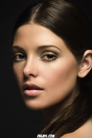 Ashley Greene iPhone Wallpaper
