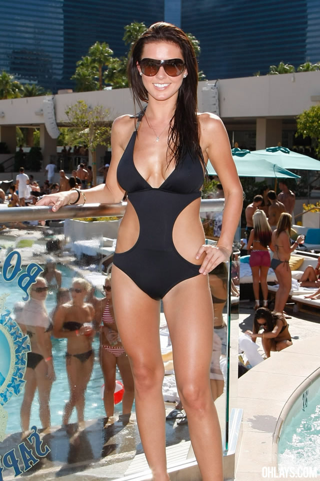 Audrina Patridge iPhone Wallpaper