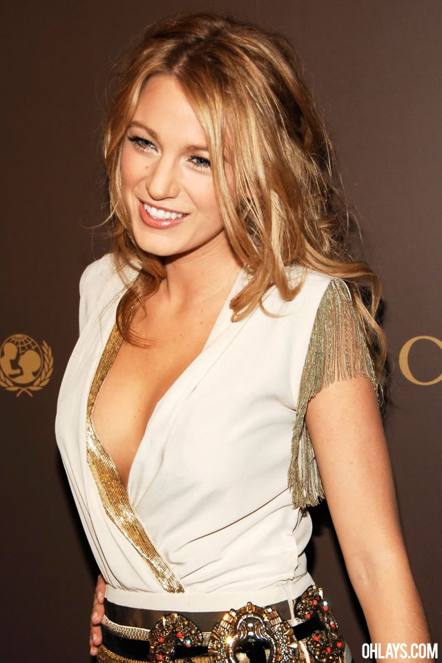 Blake Lively iPhone Wallpaper