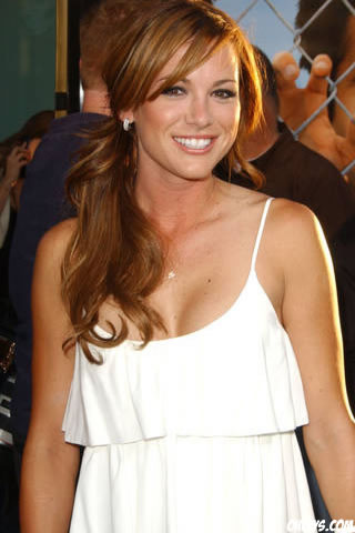Danneel Harris iPhone Wallpaper
