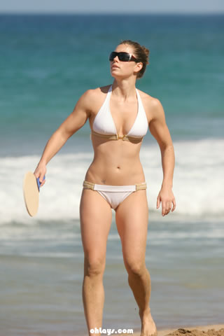 Jessica Biel iPhone Wallpaper