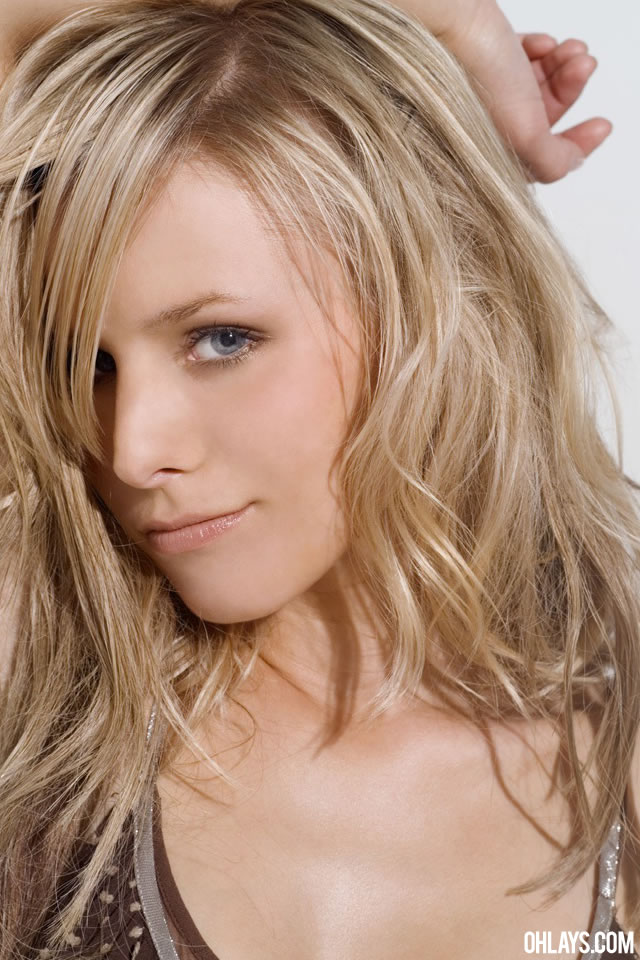 Kristen Bell iPhone Wallpaper