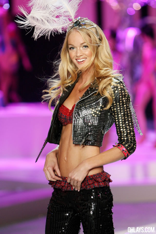 Lindsay Ellingson iPhone Wallpaper