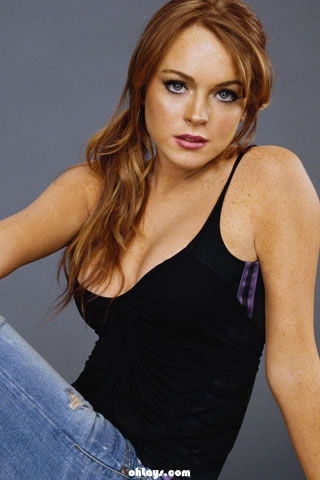 Lindsay Lohan iPhone Wallpaper