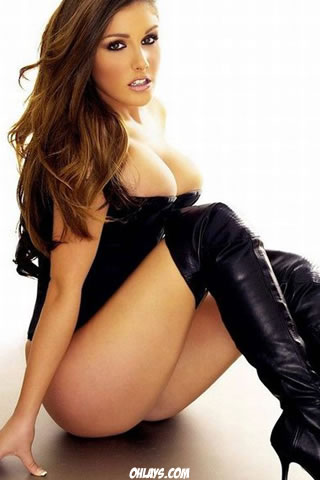Lucy Pinder iPhone Wallpaper