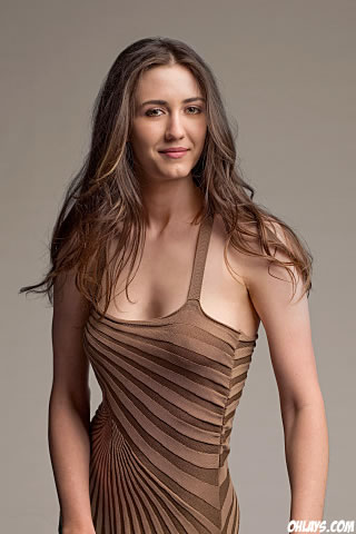 Madeline Zima iPhone Wallpaper