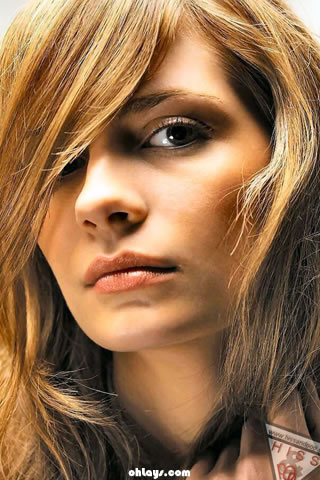 Mischa Barton iPhone Wallpaper