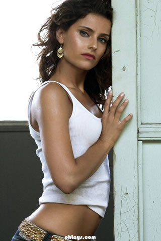 nelly furtado wallpapers. Nelly Furtado iPhone Wallpaper