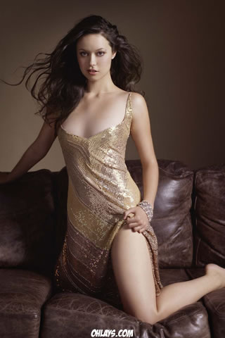 Summer Glau iPhone Wallpaper